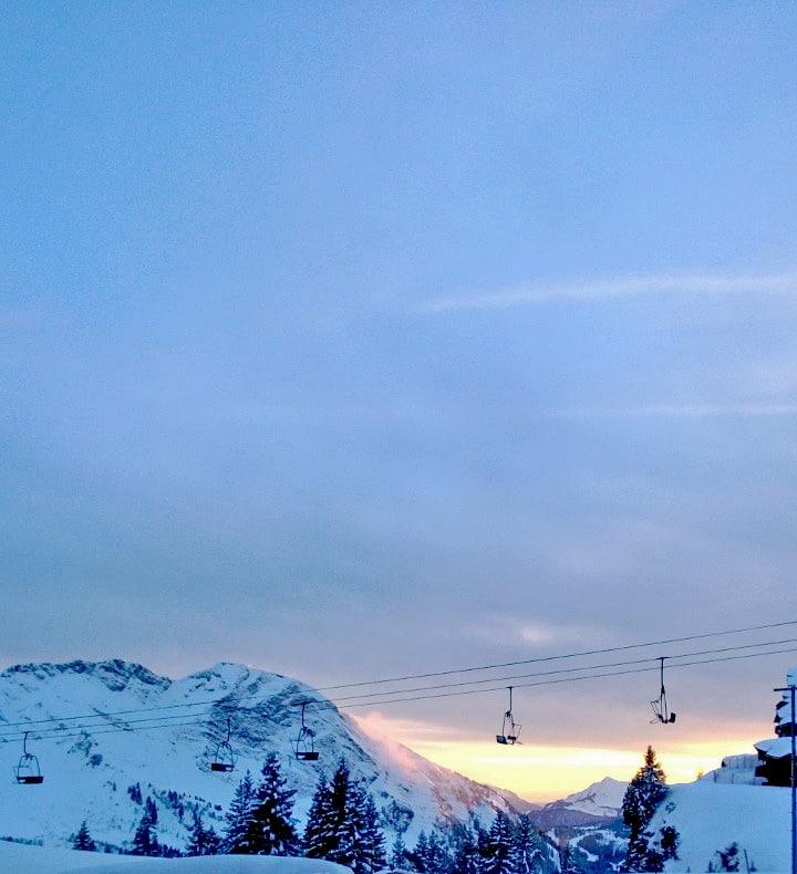 montagne-La montagne en hiver - Neige à Avoriaz en Savoie | Les lumières d'hiver au ski